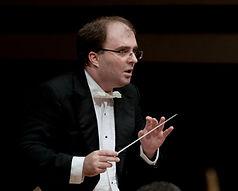 Nayden Todorov Conducting 2.jpg
