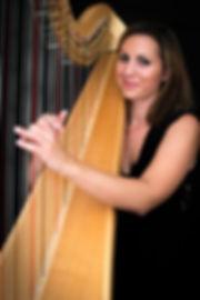 Doriane Cheminais harpe harpiste Hérault Languedoc Lyon and Healy