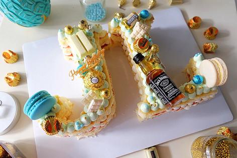 JL Letter Cake