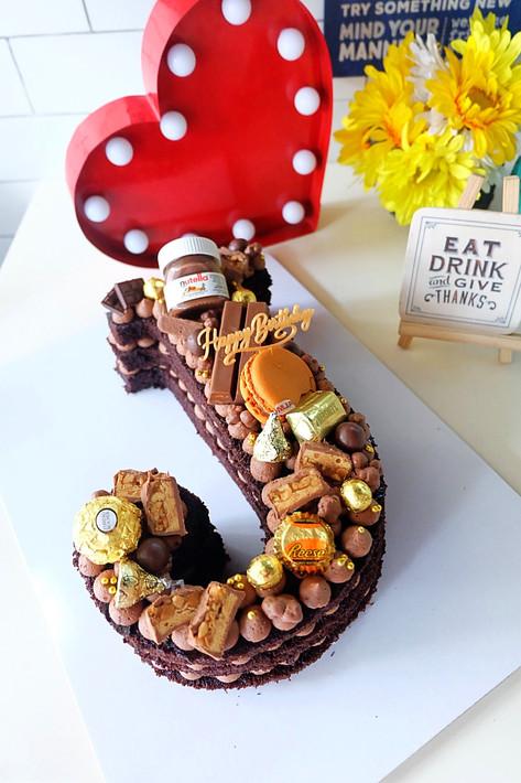 J Letter Cake