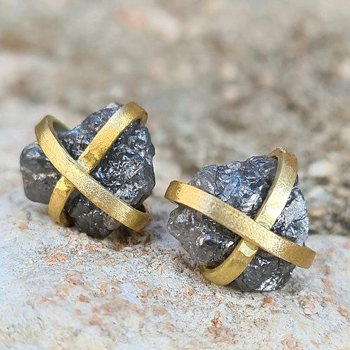 עגילי יהלומים גולמיים