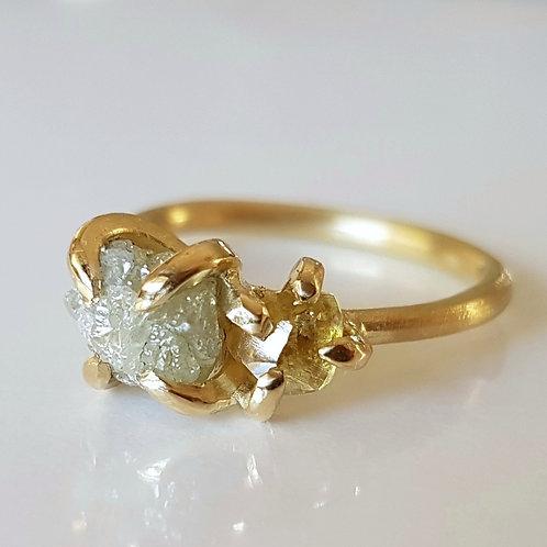 טבעת צמד יהלומים גולמיים