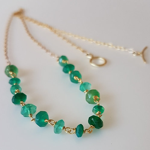 Green Agate Beaded Necklace in 18k and 22k Gold