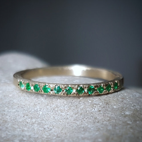 Emerald Eternity Band in 18k White Gold