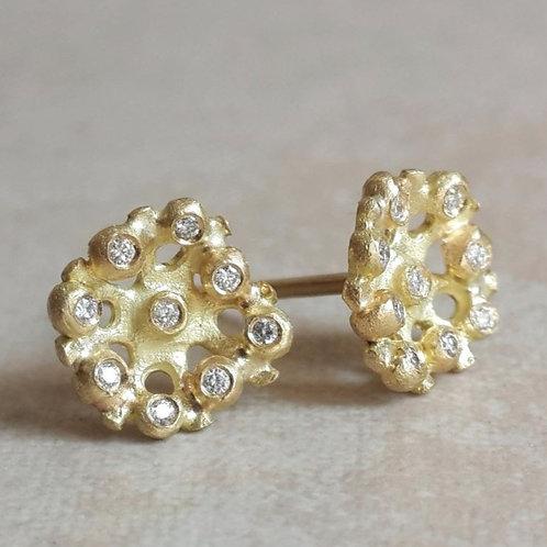 Flora עגילים צמודים עם יהלומים