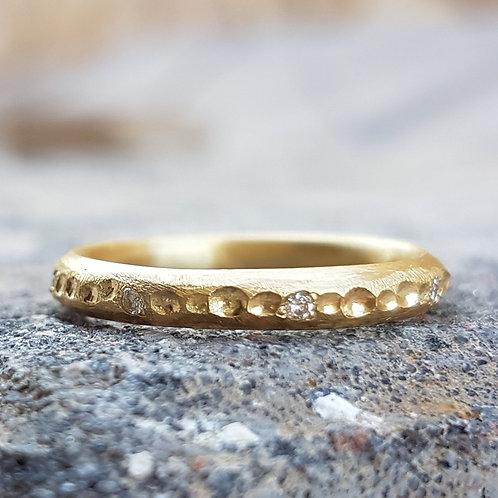 Gold and Diamonds Path Ring