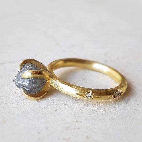 טבעת יהלום גולמי