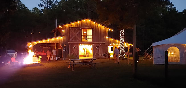 Barn Venue with Fire Pit and Fairy Lights