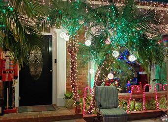NIA Home Xmas decorating award winners from Garden Club: