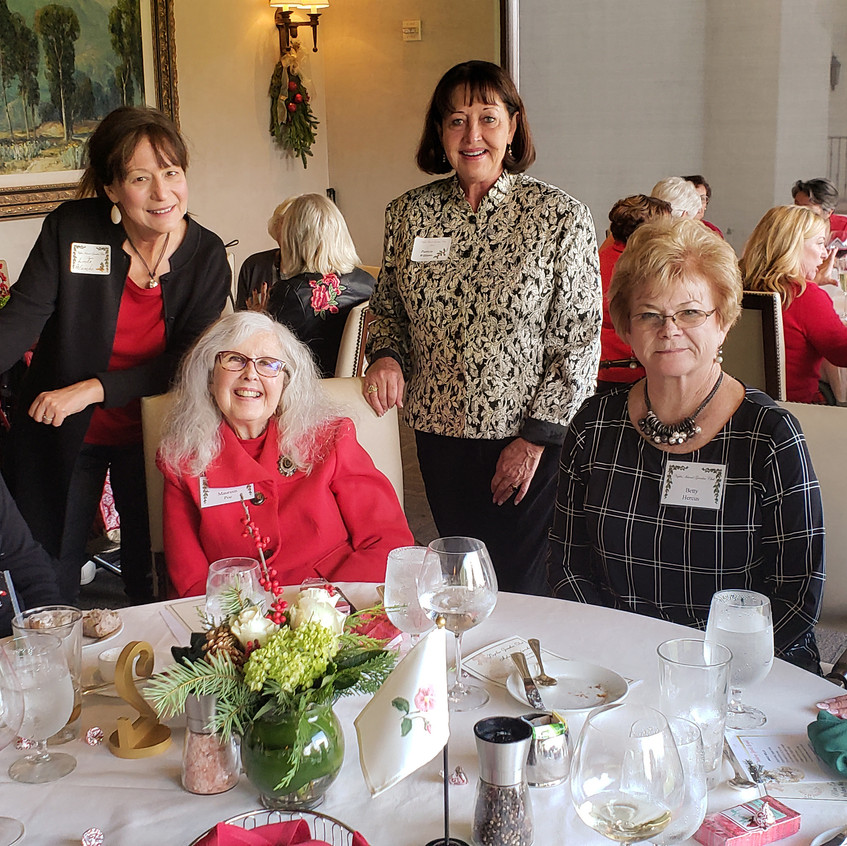 Marge, Maureen, Betty, Marilyn, 2 guests