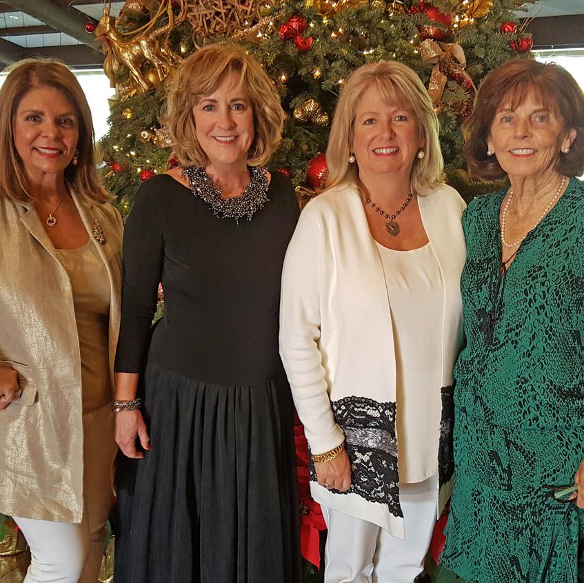 Lynette, Pam, Wendi, Jeannie