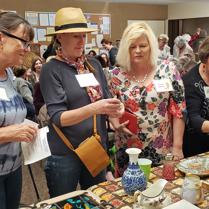 members check out table