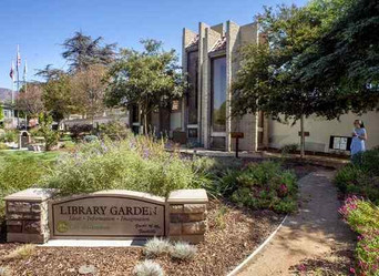 Lessons in Landscaping: City gardens demonstrate how to create a drought-tolerant oasis.