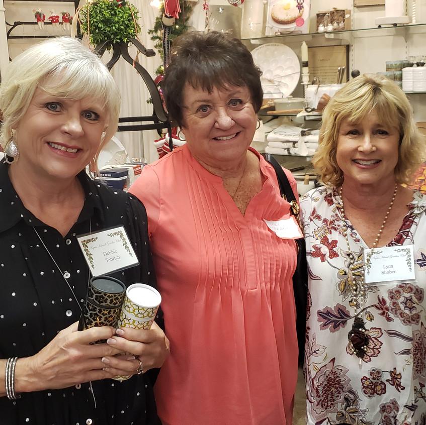 Debbie, Ferrari, Lynne S.