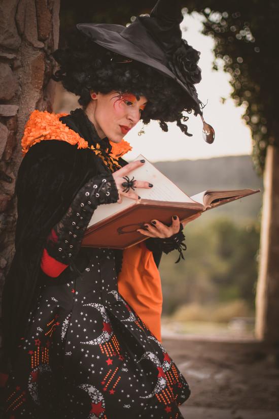 bruixa-dentro-12-peqjpgbigvang-creativa
