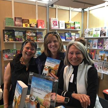 Salon du livre de Toronto avec ma soeur Pauline et son amie Vanessa Pyrce  Décembre 2017