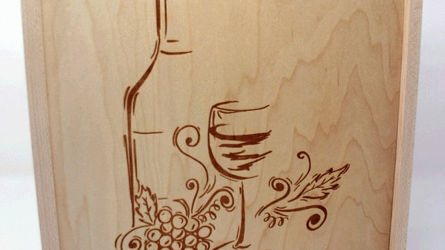 Maple Wine Boxes Engraved with Design