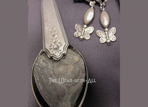 Gray Sparkle Druzy Spoon Pendant & Earrings