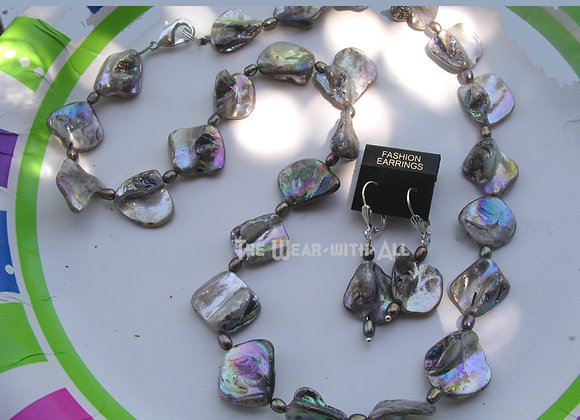 Silver Diamond Luster Shell Necklace & Earrings Set