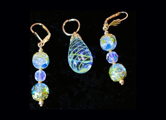 Blue & Green Swirl & Cracked Glass Pendant & Earring Set