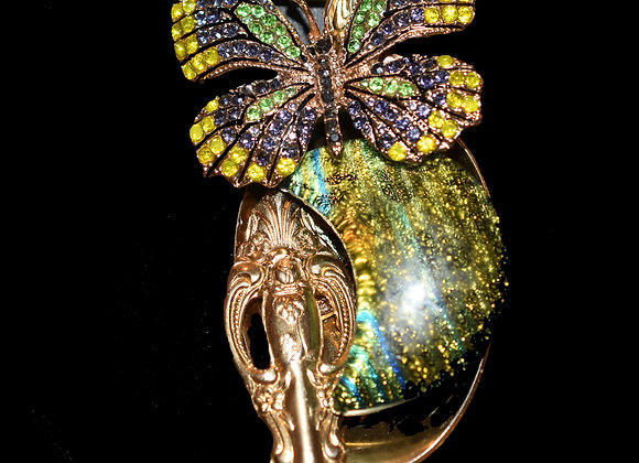 SilverWare-It-All Glittering Green Half-Moon & Butterfly Surprise!