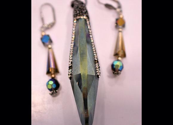 Long Faceted Bling Glass Crystal & Earrings Set