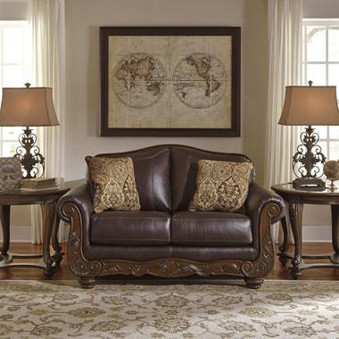 Коричнева кожаная мебель