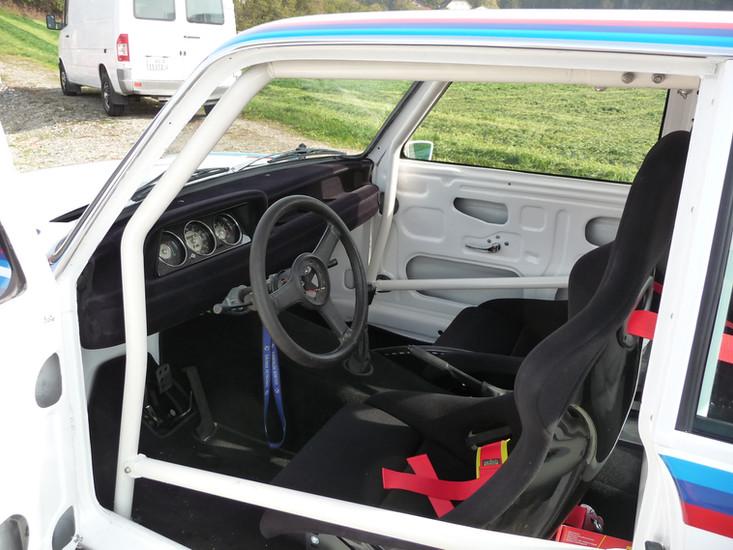 BMW 2002 Cockpit