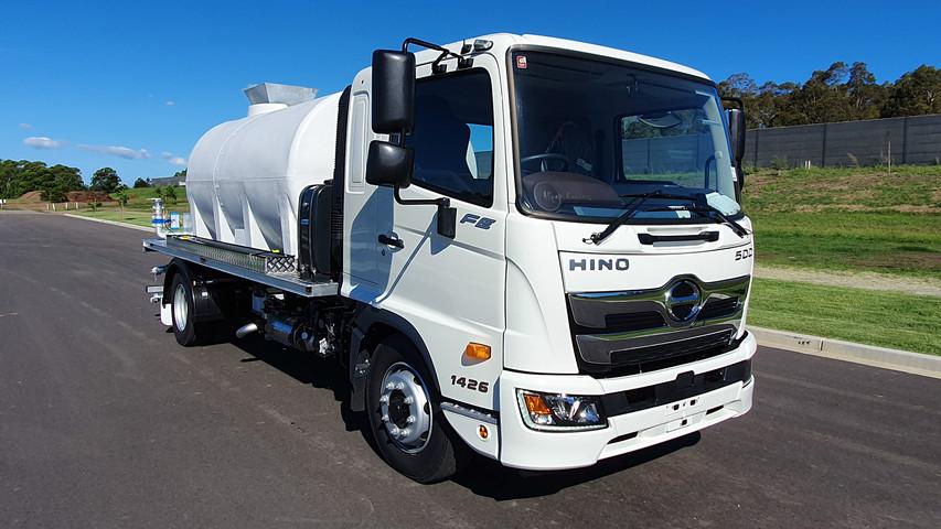 Hino 7,700Lt - Photo 06.jpg