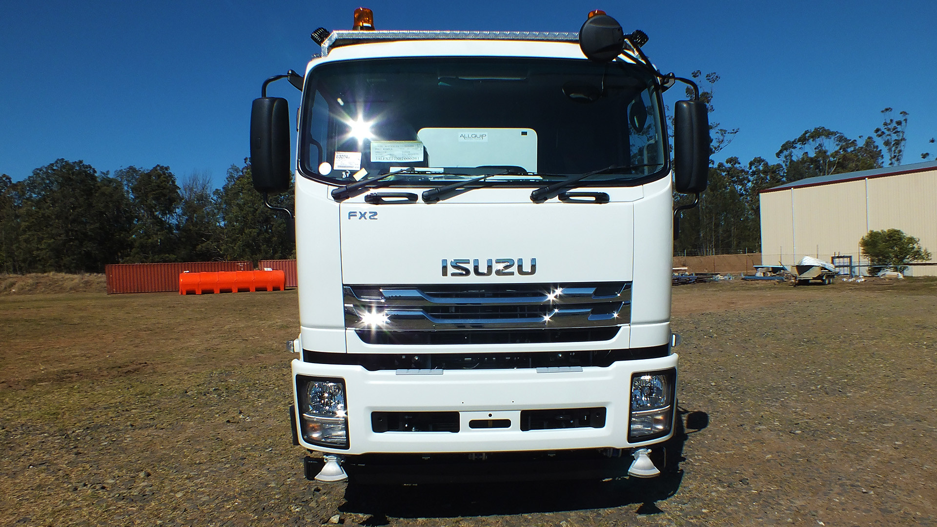 Isuzu 14,000Lt FXZ - Photo 06.jpg