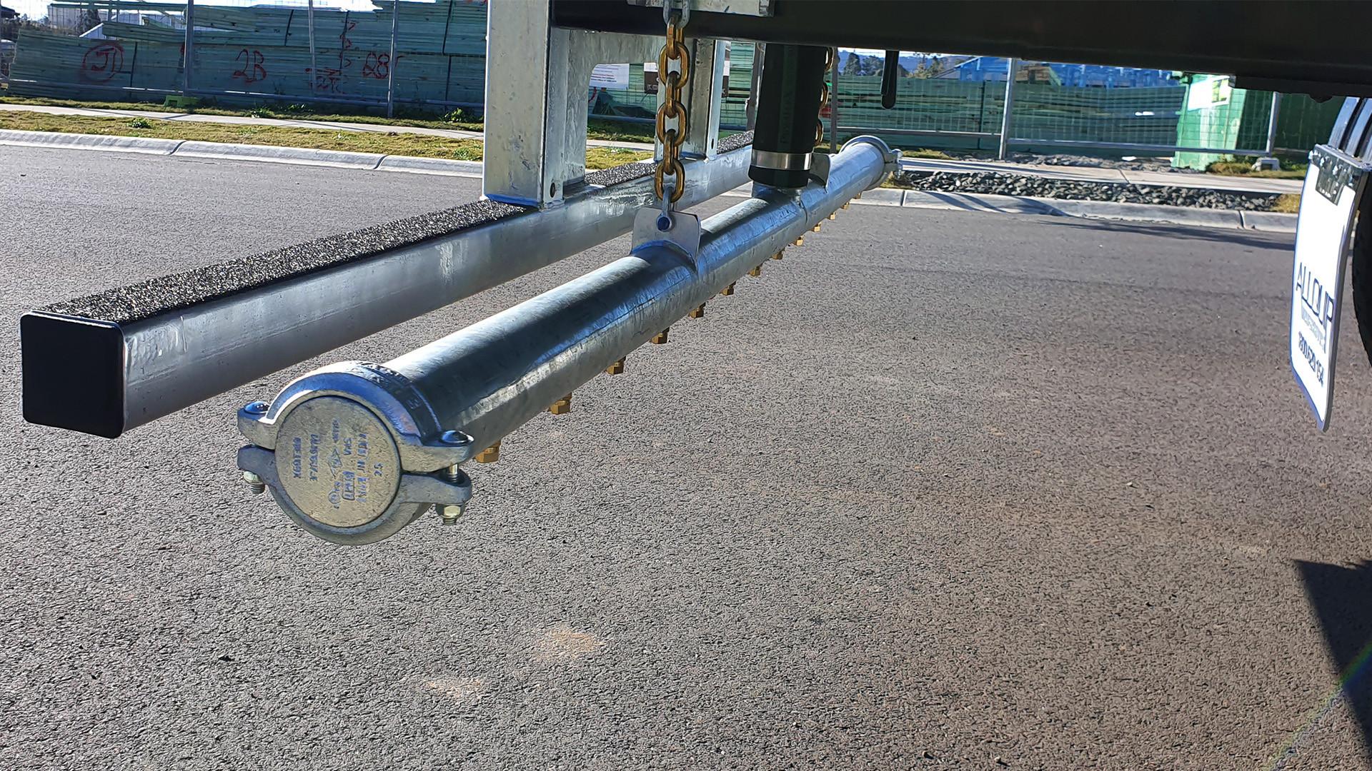 Isuzu 14,000Lt + Cannon - Photo 06.jpg