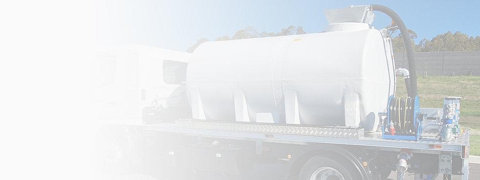 Hino 7,700Lt - Tank Features Photo.jpg