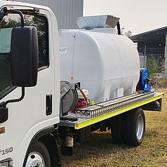 Allquip Water Trucks: pressure washer cleaning truck product example