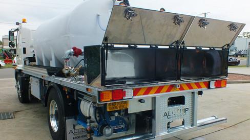 Ryde Truck_03.jpg