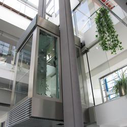 ascensoare-elmas-03.jpg