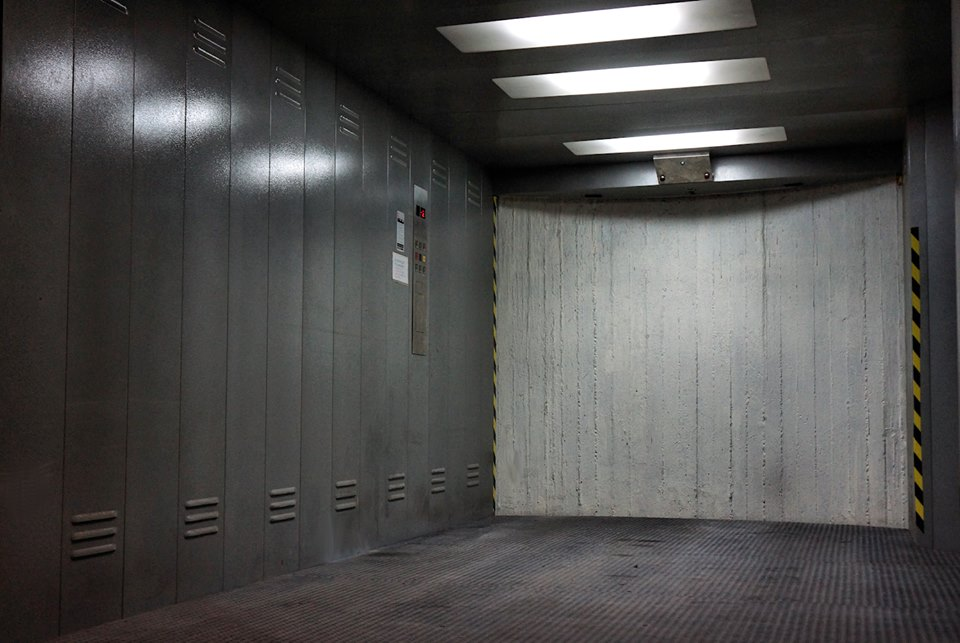 Ανελκυστήρες φορτίων / οχημάτων για