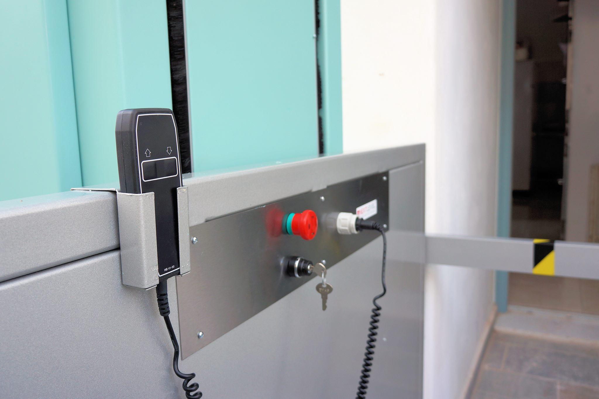 αναβατοριο ασανσερ εξωτερικο kleemann vertiplat (17)
