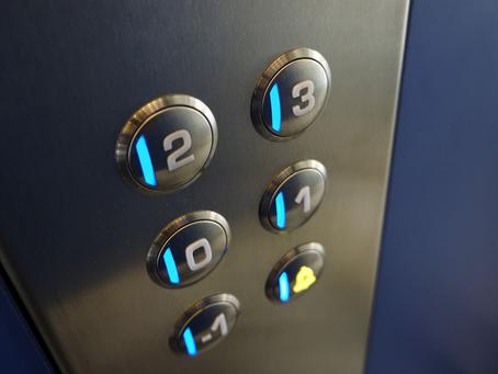 Νέα απάτη: Παριστάνουν τους συντηρητές ασανσέρ και «αδειάζουν» σπίτια!