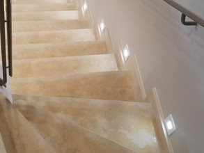 Marche et contre-marche d'escalier