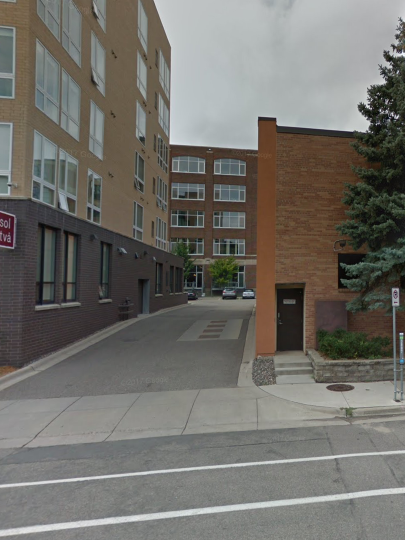 Sol Tva driveway : take left at stop sign, then look for blink studio/parking on right #215