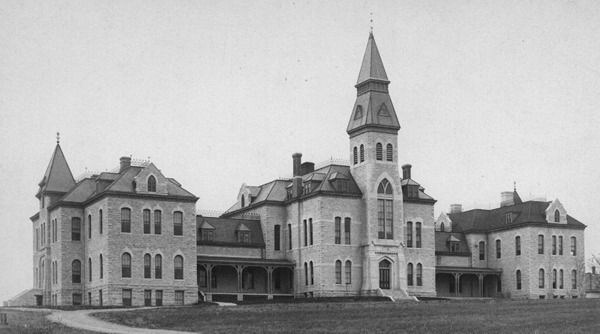 anderson-hall-1885.jpg