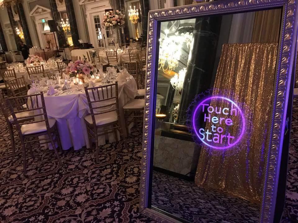 Magic Mirror SRQ Wedding Setup