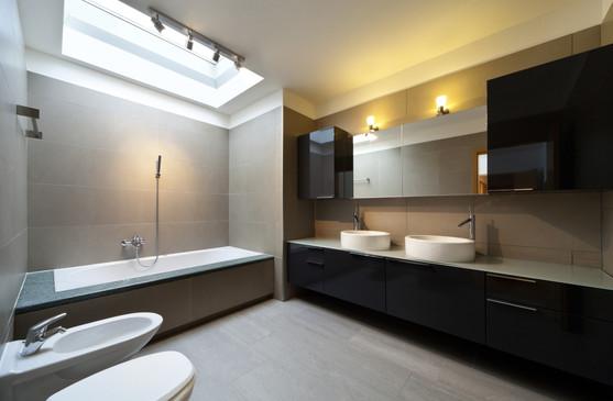 Semi Detached Bath 01