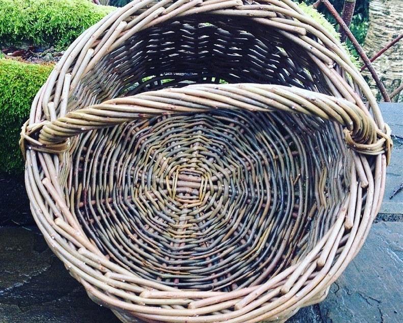 Travelling Weaver Circular Willow Basket