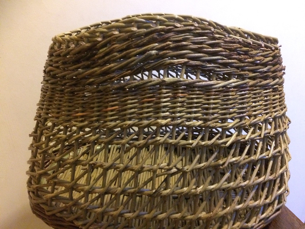 willow bag willow basketry shropshire travelling weaver
