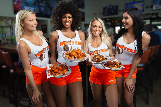 hootersgirlsfood0249-1140x760-1-w1140h11