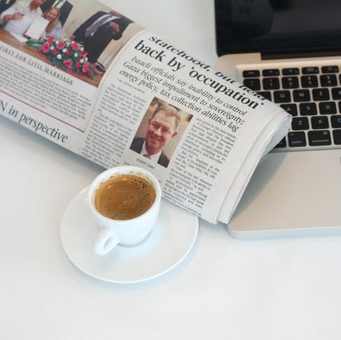 Headline Hacks: How To Write Headlines That POP In A Crowded Inbox
