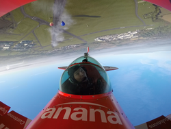 Anana Biplane 2016-10-10
