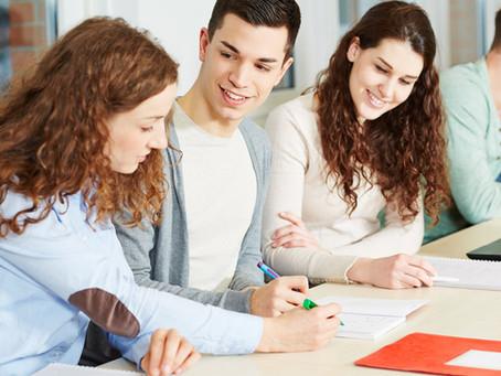 Descubre cómo elegir la mejor academia de clases particulares para tu hijo/a