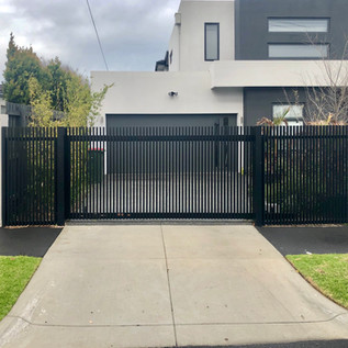 Automatic Aluminium sliding driveway gate